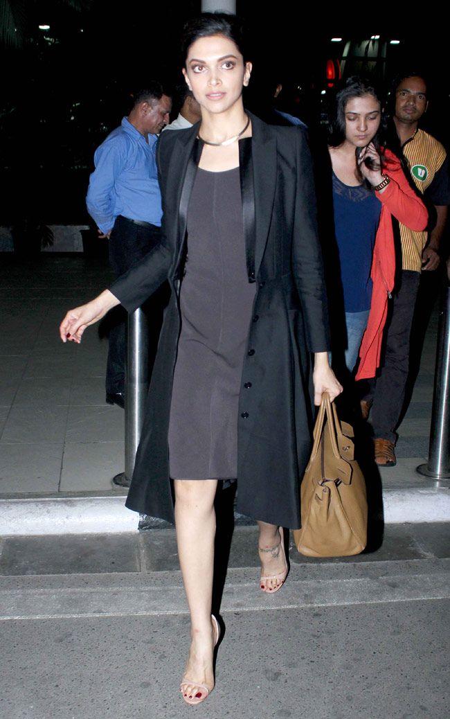 Deepika Padukone seen at the Mumbai airport.