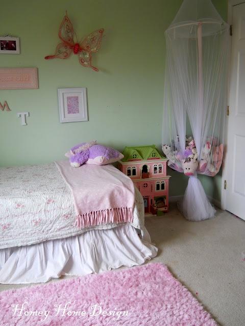 Homey Home Design - stuffed animal storage