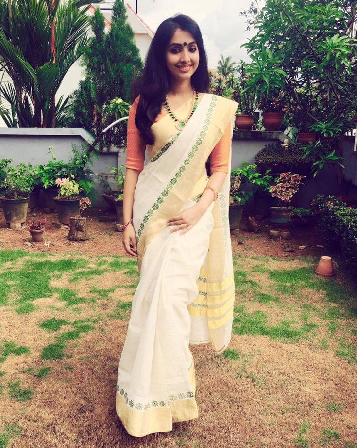 Malayalam actress set saree photos. Onam Celebration Photos 2016 in Kerala saree