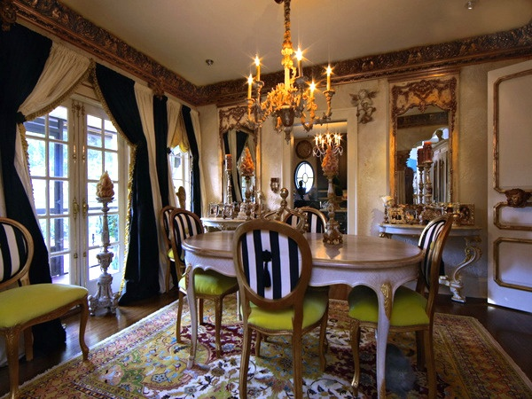 Traditional dining room house proud dining rooms for Traditional black dining room sets