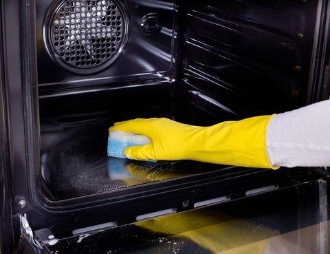 Så här blir din ugn skinande ren – utan giftiga kemikalier - Artiklar - Hus & Hem