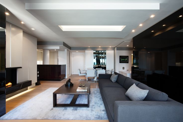 Elegant Super Luxury Apartment A Parisian Style Contemporary Classic Interior By  Newpad For A London Based Mining Executive In Exclusive Clifton In Arguablu2026