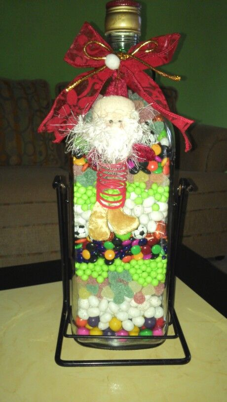 #botella #candy #reciclaje ... Botella de cristal rellena de dulces, #christmas ideas ...#navidad