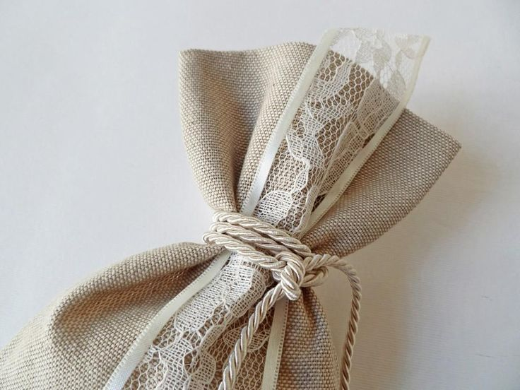 ρομαντική μπομπονιέρα πουγκί με δαντέλα δεμένη με κορδονάκι - craftroom