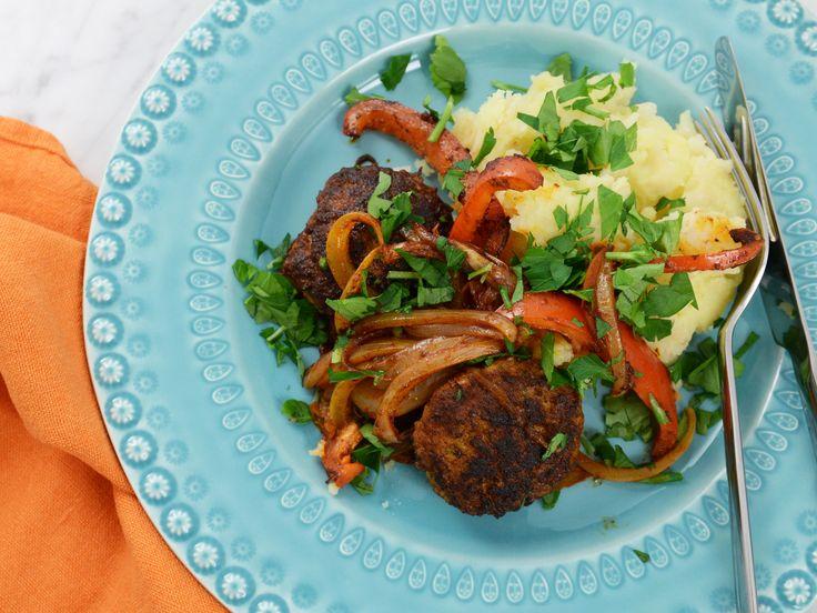 Pannbiff med stekt paprika och rotmos | Recept från Köket.se