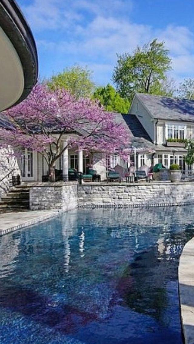 #Luxurious. Terrific home and pool.