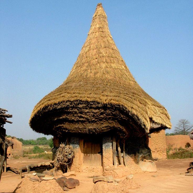 Korogho, região norte da Costa do Marfim - habitações Senufo