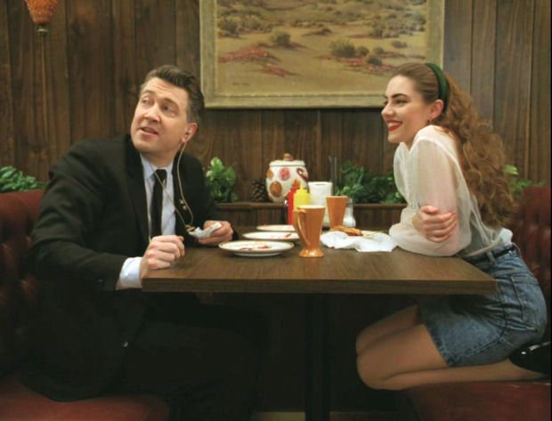 Shelly Johnson's amazing style in Twin Peaks