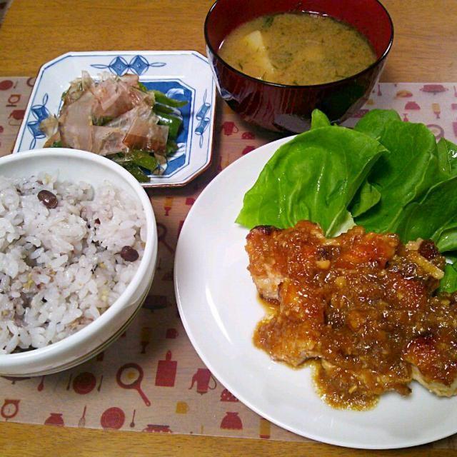 2日連続の鶏肉ですが出張前のリクエストで! - 9件のもぐもぐ - 7月10日 にんにく玉ねぎチキン ピーマンの煮浸し じゃがいもと海苔のお味噌汁 by sakuraimoko