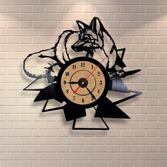 Best Original Wall Clock Made Of Vinyl Record Which Will Definitely Make Everyone Fall In Love With Your Place Clock Det Wall Clock Fox Clock Clock