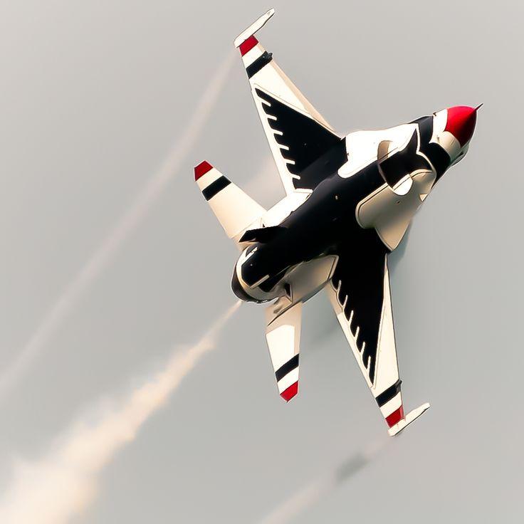 F-16 Thunderbird - Barksdale Airshow in Holiday in Dixie, Shreveport/Bossier City, Louisiana