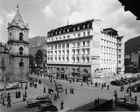 Hotel Granada e Iglesia San Francisco de Bogotá, años 40s