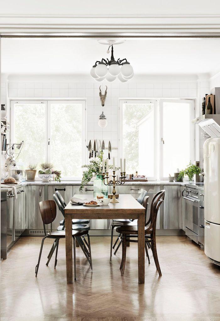 kitchen dining - herringbone | photo petra bindel