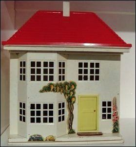 My Dolls House - Vintage 1960's Triang No 40 Dolls House
