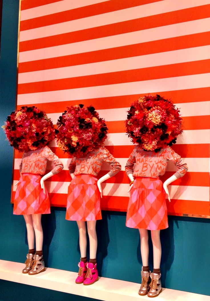 Hello Flower Head. We love this flag-inspired Marc Jacobs window display.