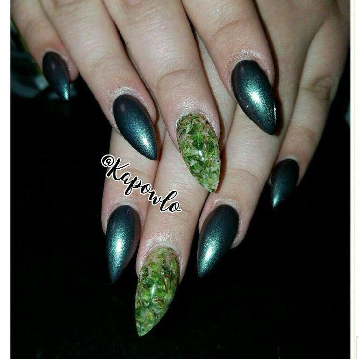 Weed nails. Marijuana nails. Badass nails