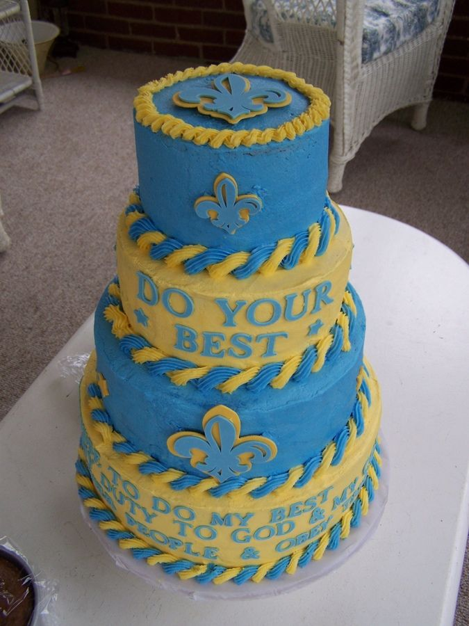 blue and gold banquet cakes
