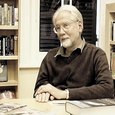Met sy 75ste verjaardag is dit tyd om Karel Schoeman te bedank.