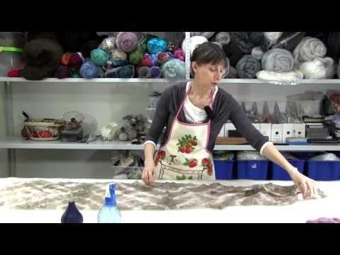 ✿Урок 6 ✿Валяем шарф в технике нунофелтинг - YouTube