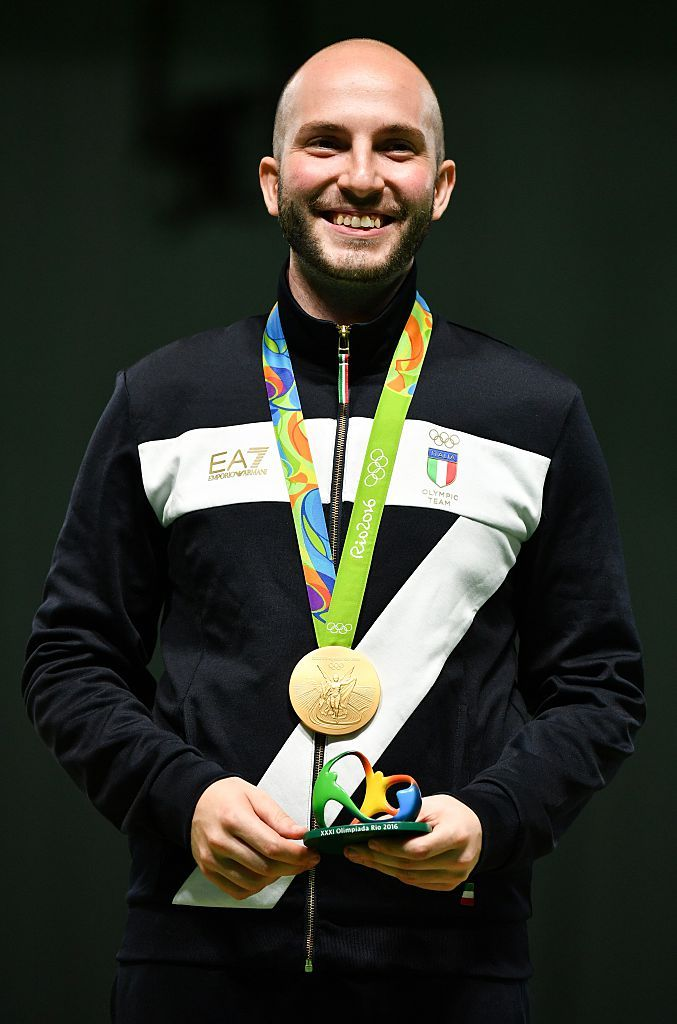 Niccolò Campriani (2 ori)  Gradino più alto del podio per Niccolò Campriani nella carabina ad aria 10 metri maschile. Si ripete conquistando la seconda medaglia d'oro nella carabina 50m 3 posizioni maschile