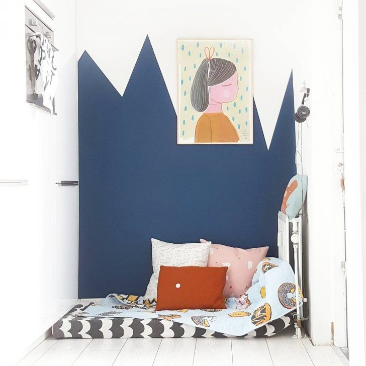 Blue and mustard is a colour combo made in heaven. Any shade of blue goes so well with this deep, dark, rich yellow colour. Blue rooms with mustard accents are especially fab for kids rooms. We love that this colour combo works great for both boys and girls so it's also a beautiful colour choice …