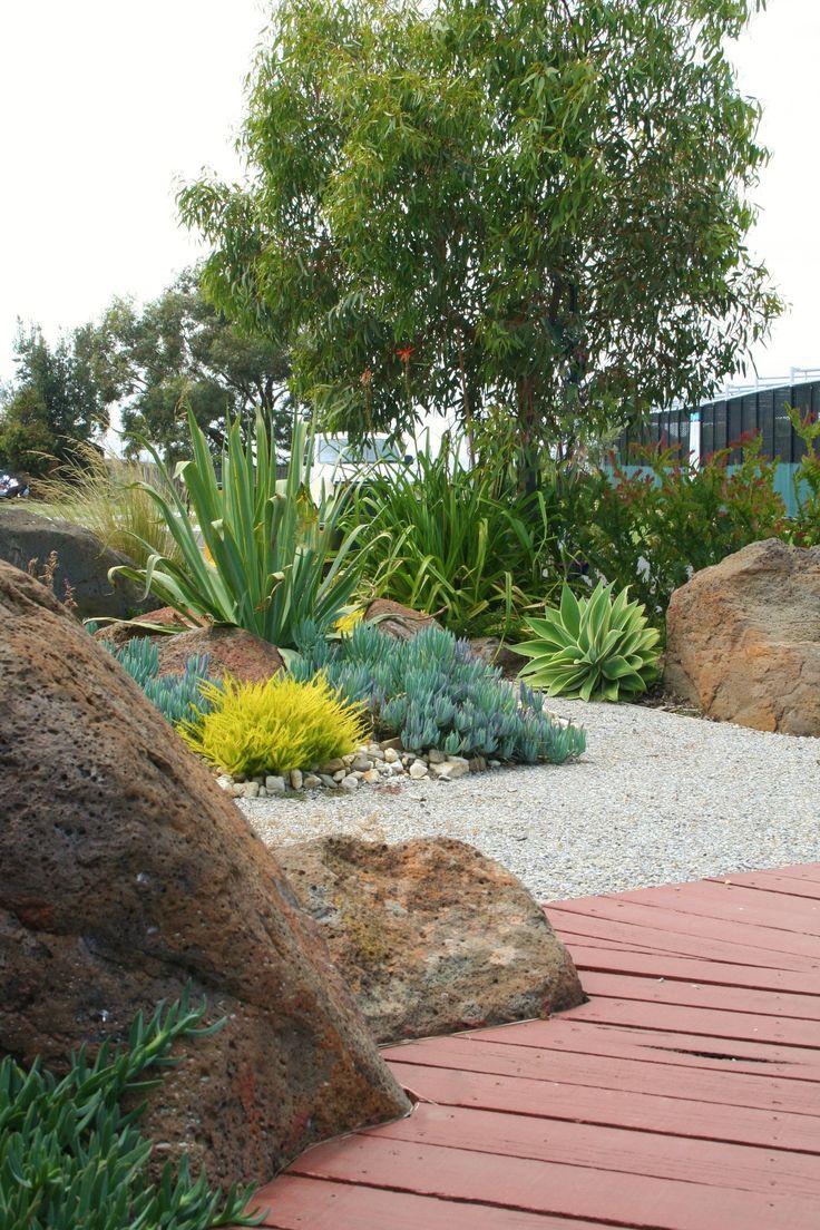 Coastal garden with timber boardwalk. www.rpgardendesign.com.au