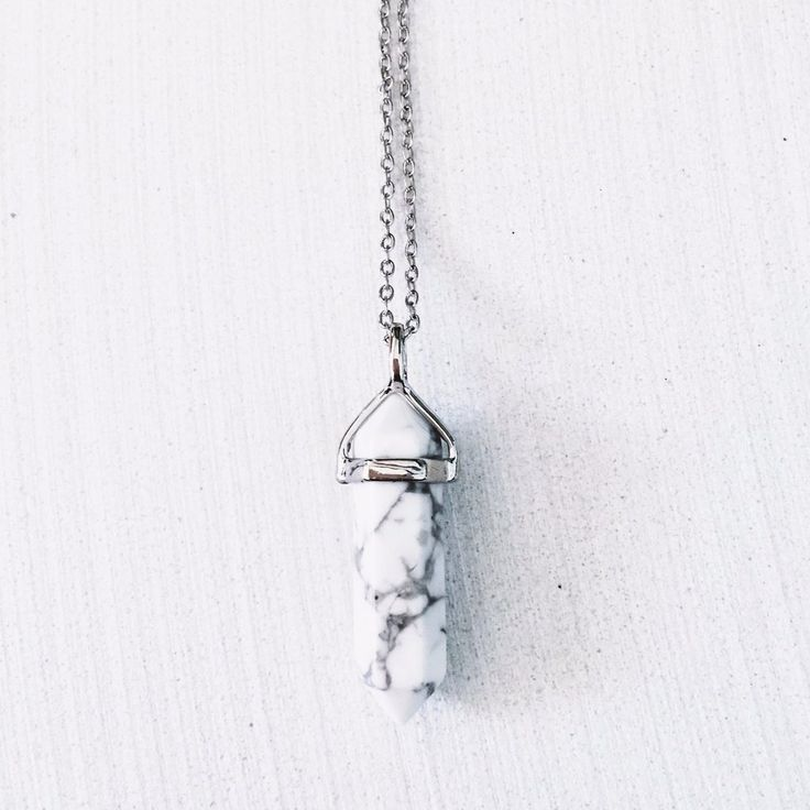 White Howlite Crystal Necklace - Silver