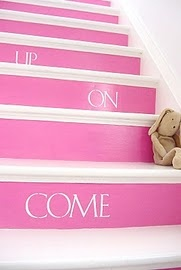 pink: Pink Stairca, Paintings Stairs, Staircases Makeovers, White Approach, Bright Pink, White Stairca, Brilliant Ideas, Stairca Makeovers, Pink Stairs