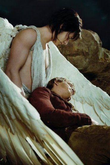 映画「約束の葡萄畑〜あるワイン醸造家の物語〜」では天使役を務めたギャスパー・ウリエル。