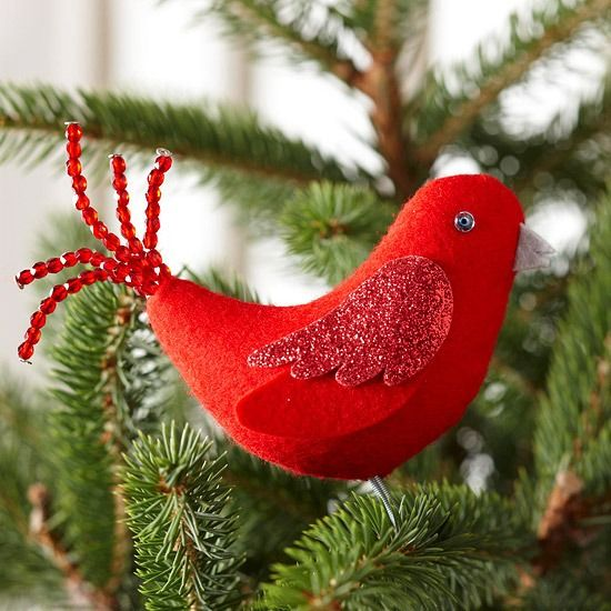 christbaumschmuck selber basteln filz rot vogel glitzer perlen