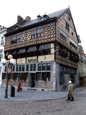 HasseltPinterest Viral, Hoodie Outlets, Hasselt Travel And Placs, Awesome Pin, Architecture, Places, Art Hasselt, Vans Hasselt, Travel Pinterest