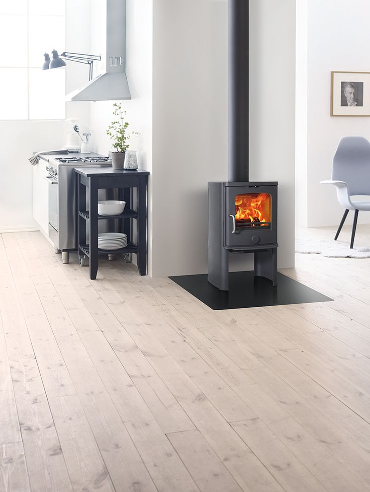 Jøtul F 145-series available in cast iron and soapstone. Ideal for houses with low energy need.