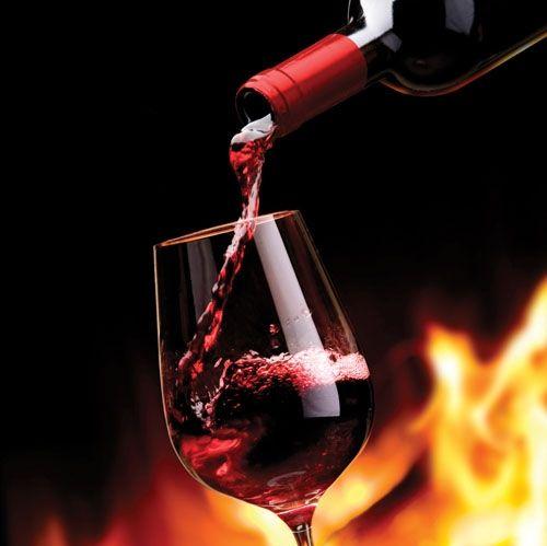 Outrora cultivada na região de Bordeaux, a Malbec, também conhecida como Côt Noir ou Auxerrois, produz um vinho tinto com...