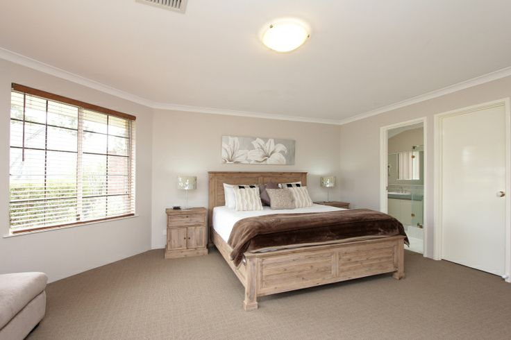 Adare House - Master Bedroom with King Bed Ensuite