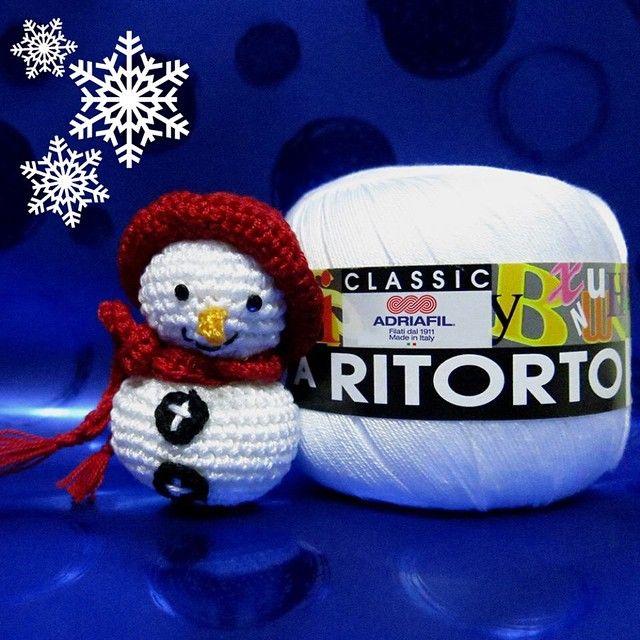 Winter sweetness <3   #adriafil #winter #cold #cotton #cotone #neve #snow #yarn #filato #amigurumi #snowflake #snowman #inverno #ice #creativitiy #craft