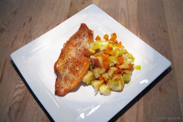 EGOSHE.dk - En madblog med South Beach opskrifter og andet godt...: Stegt rødfisk med sprød æblekompot