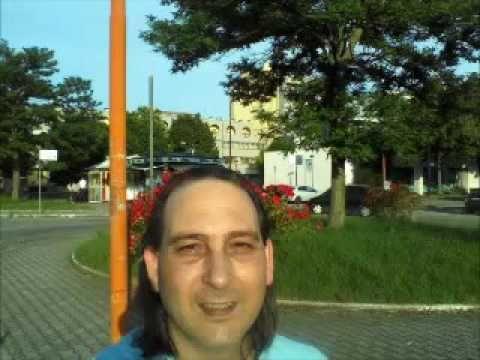 Di più ci sei soltanto tu  Album n 1 / Vorrei regalarti un Aquilone  2009   http://www.deezer.com/artist/9754136    Ciao. Lucio