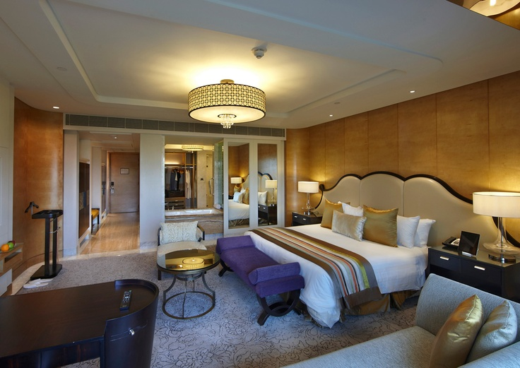 The Towers, #ITCGrandChola, The Towers embodies the unique concept of a 'hotel within a hotel' with the unique feature of exclusive check-in into a meticulously designed room.