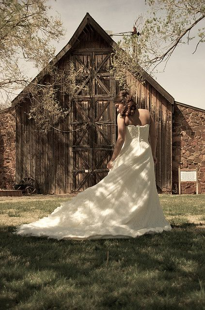 bridal portraits at the Harn Homestead in Oklahoma City          Pretty sure this is the venue we want!