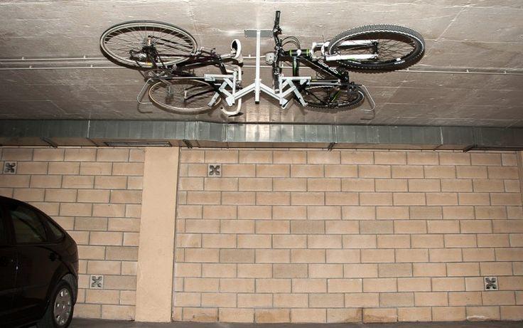 Elebici T2 - Posición de almacenamiento de dos bicicletas