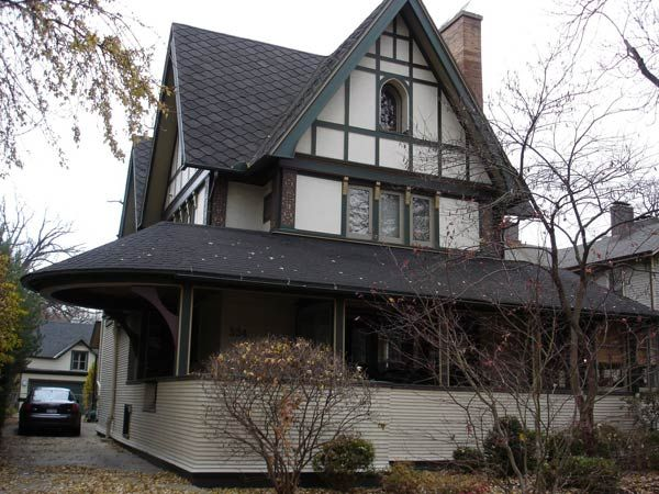 Фрэнк Ллойд Райт (Frank Lloyd Wright): Harrison P. Young House, Oak Park, Illinois (Перестройка дома Г.П. Юнга, Оак-Парк, Иллинойс), 1895
