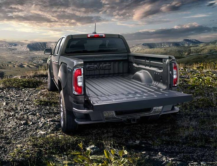 2015 Canyon small pickup truck with available spray-on bed liner