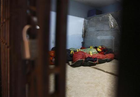 Equipes de resgate buscam alpinistas desaparecidos no Nepal