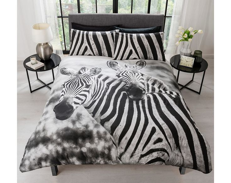 Photographic print bedding with chic zebra print pillowcases. Available in duvet sets (single with 1 pillowcase, double and king size with 2 pillowcases). 48% cotton/52% polyester. Machine washable.