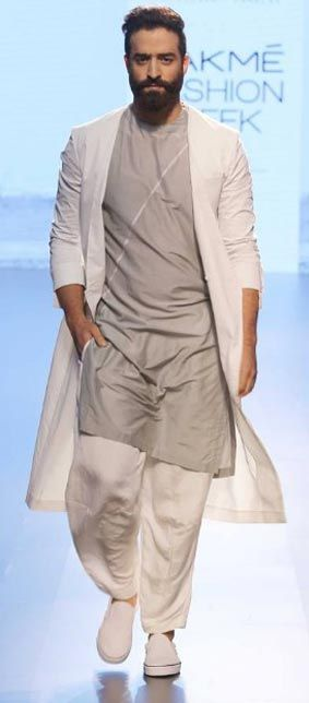 Indian Wedding Dresses For Men From Sangeet To Tail Party