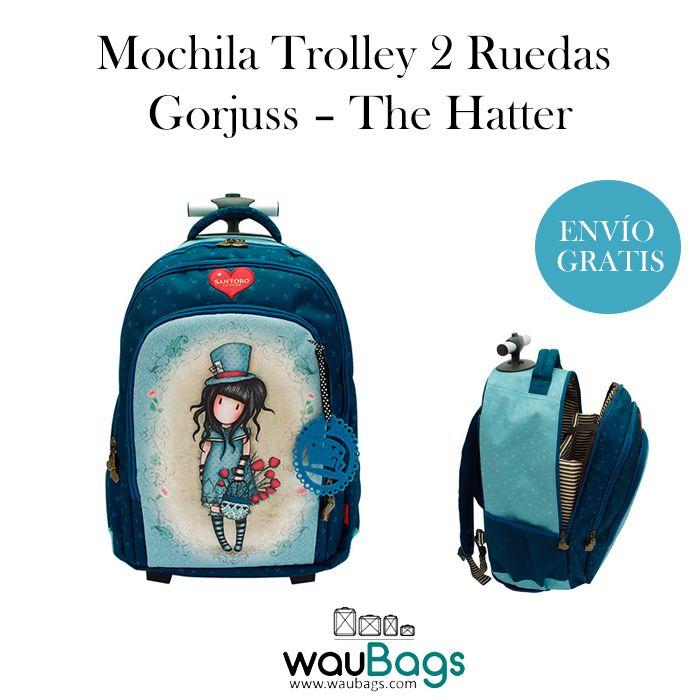 """La Mochila Trolley 2 Ruedas Gorjuss """"The Hatter"""" tiene dos compartimentos principales con cierre de cremallera, un bolsillo en la parte delantera, dos bolsillos laterales para colocar una botella de agua y un asa en la parte superior. @waubags #gorjuss #mochila #trolley #escolar #cole #vueltalacole #waubags"""
