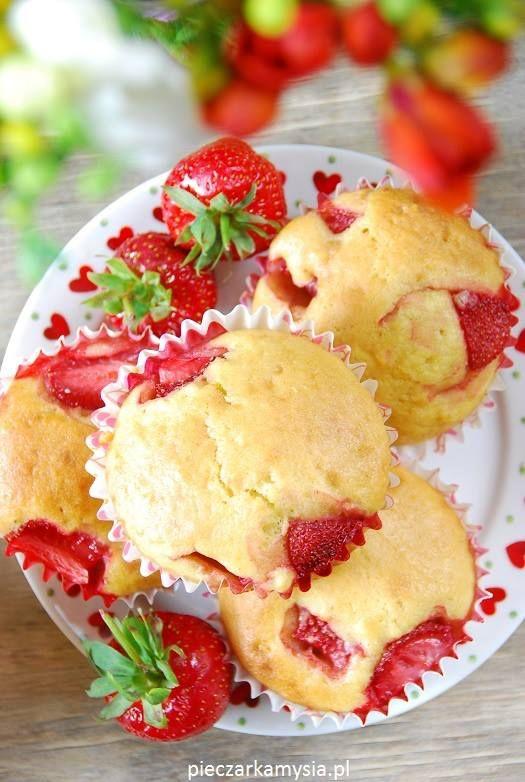 muffinki z truskawkami na jogurcie1