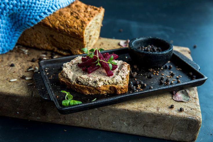 Slik lager du dansk rugbrød | Oppskrift fra Stryhn's Leverpostei