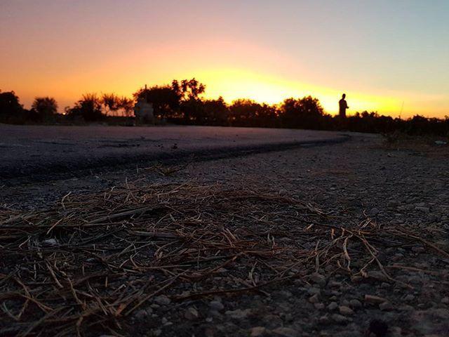 """L'alba ha una sua misteriosa grandezza che si compone d'un residuo di sogno e d'un principio di pensiero. (Victor Hugo)  #morning #today #beautiful #cloudporn #clouds #color ##gorgeous #horizon #instagood #instasky #irox_skyline #nature #night #orange #photooftheday #pink #pretty #red #sky #sunrise #sunshine #view #wakeup #goodtime"" by @chiaramono_. #capture #pictures #pic #exposure #photos #snapshot #picture #composition #pics #moment #focus #all_shots #color #foto #photograph #fotografia…"