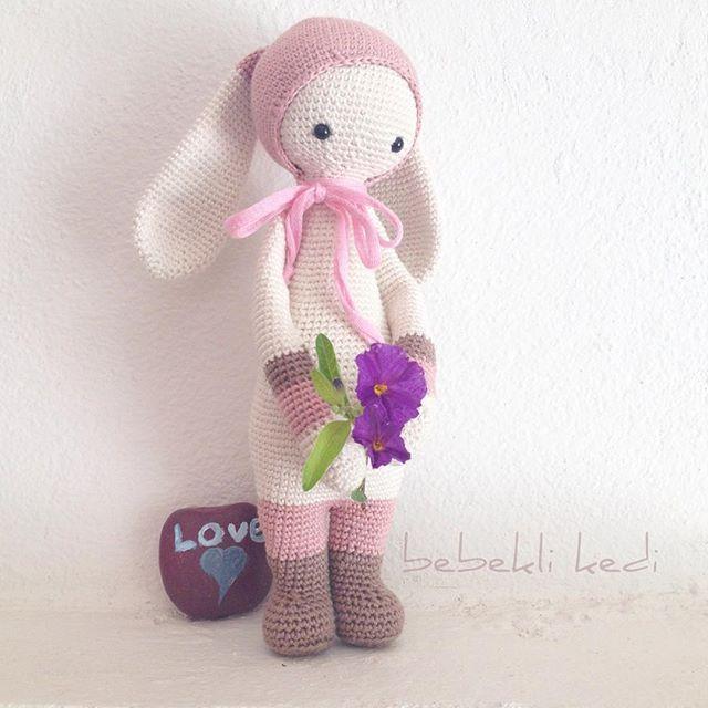 Günaydın / Goodmorning #ritatherabbit #günaydın #goodmorning #bebeklikedi  #lalylaland #lalylala #love #amigurumi #crochet #örgü  #laly_dia #hækling #crocheting #örgüoyuncak #håndarbeid #handmade #brodere #tavşanrita #tavşan #bunnymod #bunny #gurumicartoon #gurumigram